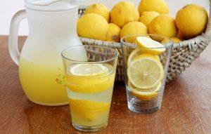 Sok koji topi kilograme preko noći- Popijte ga pred spavnje, ujutro rezultati