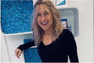 Žena (49) obolela od raka pobedila koronu: Bila je u životnoj opasnosti, a sada se vratila i poslu! (FOTO)